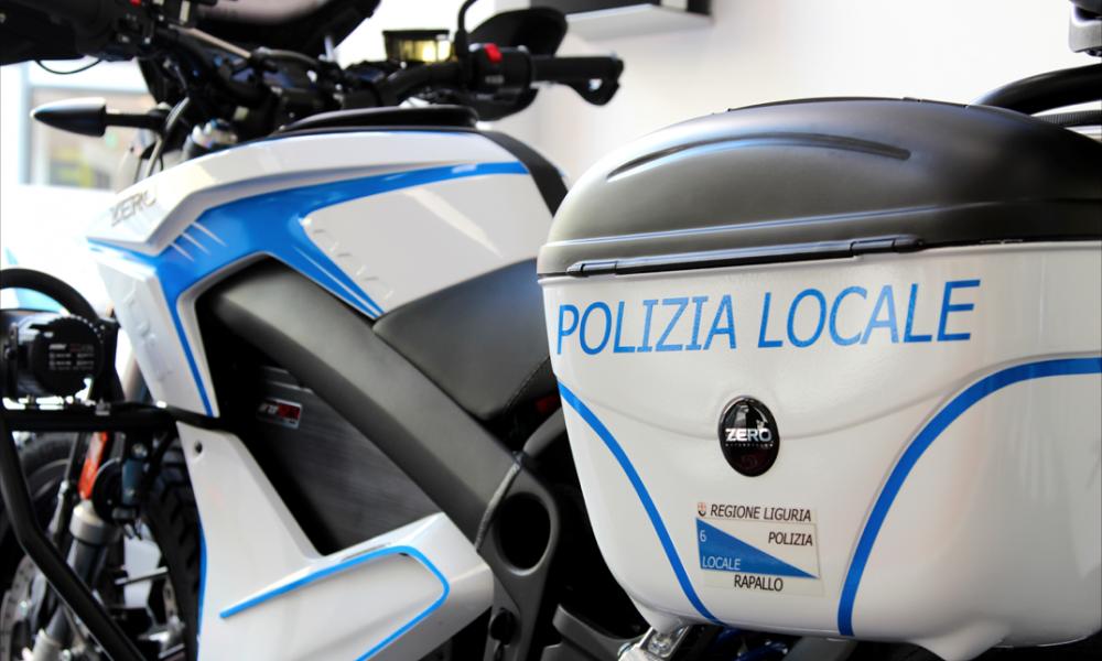 Police e-motorbikes