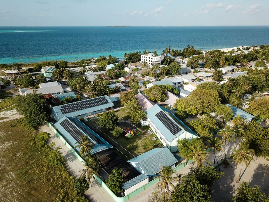 Maafaru, one of the 26 islands in the Maldives to have microgrids installed. Image: DHYBRID.